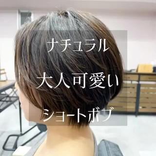 ナチュラル ショートヘア ハンサムショート ショートパーマ ヘアスタイルや髪型の写真・画像