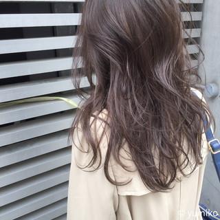 ハイライト セミロング レイヤーカット 外国人風 ヘアスタイルや髪型の写真・画像