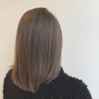 外国人風 アッシュ グレージュ モード ヘアスタイルや髪型の写真・画像