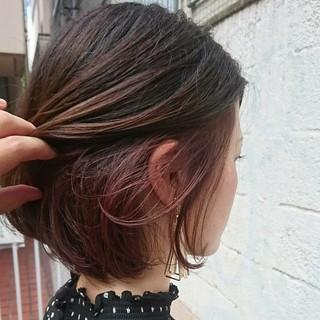 透明感 ボブ グレージュ インナーカラー ヘアスタイルや髪型の写真・画像