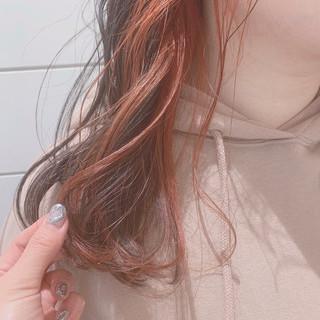 大人ミディアム インナーカラーオレンジ ガーリー インナーカラー ヘアスタイルや髪型の写真・画像