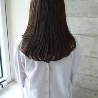 ナチュラル 美髪 セミロング 透明感 ヘアスタイルや髪型の写真・画像