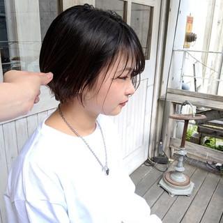 ナチュラル 黒髪 シースルーバング ハンサムショート ヘアスタイルや髪型の写真・画像