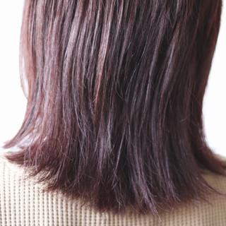 アッシュ セミロング ナチュラル パープル ヘアスタイルや髪型の写真・画像