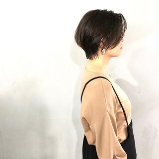 ショートヘア ナチュラル ショート ハンサムショート ヘアスタイルや髪型の写真・画像