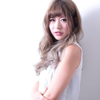 ナチュラル グラデーションカラー アッシュ 渋谷系 ヘアスタイルや髪型の写真・画像 ヘアスタイルや髪型の写真・画像