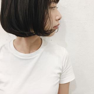 暗髪 秋 切りっぱなし ショートボブ ヘアスタイルや髪型の写真・画像