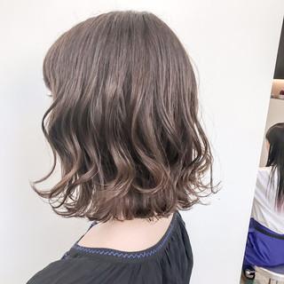 ロブ 暗髪 ナチュラル アッシュ ヘアスタイルや髪型の写真・画像