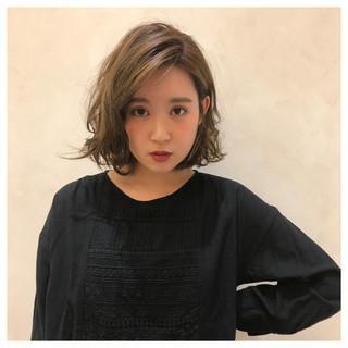 ベージュ シナモンベージュ 透け感ヘア モテ髪 ヘアスタイルや髪型の写真・画像
