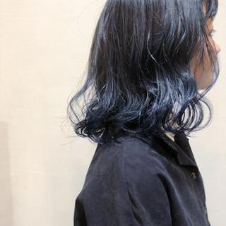 ハイライト バレイヤージュ グラデーションカラー ブルー ヘアスタイルや髪型の写真・画像