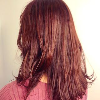 セミロング ゆる巻き エアリー ナチュラル ヘアスタイルや髪型の写真・画像