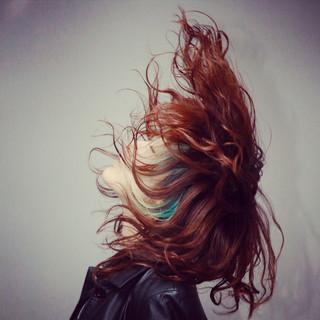 モード インナーカラー 抜け感 ハイライト ヘアスタイルや髪型の写真・画像 ヘアスタイルや髪型の写真・画像