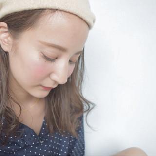 大人かわいい ベレー帽 ヘアアレンジ ミディアム ヘアスタイルや髪型の写真・画像 ヘアスタイルや髪型の写真・画像