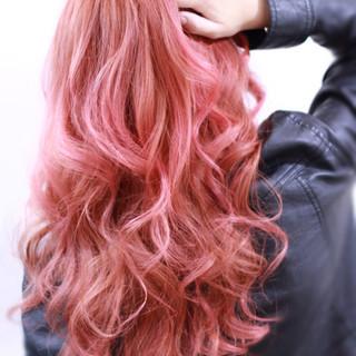 ゆるふわ 外国人風 渋谷系 レッド ヘアスタイルや髪型の写真・画像