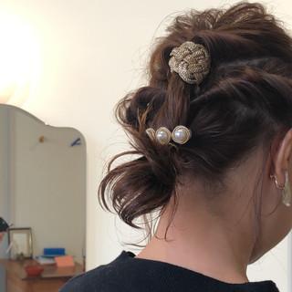 フェミニン 結婚式 アンニュイほつれヘア ヘアアレンジ ヘアスタイルや髪型の写真・画像