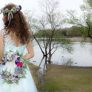 ふわふわ 波ウェーブ 結婚式 ヘアアレンジ ヘアスタイルや髪型の写真・画像