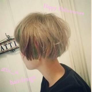ショート 秋 カラーバター メッシュ ヘアスタイルや髪型の写真・画像
