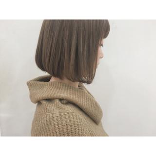 小顔 色気 アッシュ ニュアンス ヘアスタイルや髪型の写真・画像