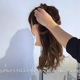 ヘアアレンジ ねじり セミロング エレガント ヘアスタイルや髪型の写真・画像