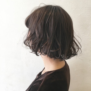 暗髪 前髪あり 黒髪 外国人風 ヘアスタイルや髪型の写真・画像 ヘアスタイルや髪型の写真・画像
