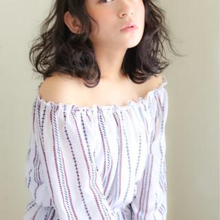 暗髪 黒髪 ミディアム ピュア ヘアスタイルや髪型の写真・画像