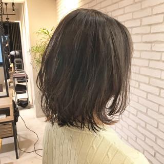 デジタルパーマ 鎖骨ミディアム ひし形シルエット ミディアムレイヤー ヘアスタイルや髪型の写真・画像