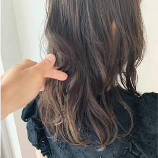 透明感 セミロング 圧倒的透明感 大人ハイライト ヘアスタイルや髪型の写真・画像
