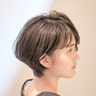 ナチュラル ショート 小顔ヘア ショートボブ ヘアスタイルや髪型の写真・画像 ヘアスタイルや髪型の写真・画像