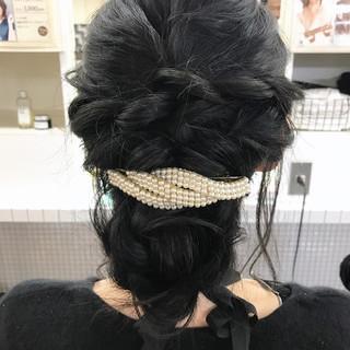 ロング 結婚式 バレッタ 黒髪 ヘアスタイルや髪型の写真・画像