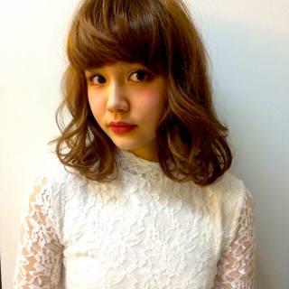 フェミニン ゆるふわ 丸顔 モテ髪 ヘアスタイルや髪型の写真・画像