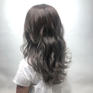 大人ハイライト 透明感 ウルフカット 春ヘア ヘアスタイルや髪型の写真・画像