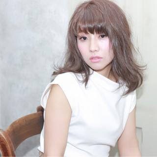 イルミナカラー フェミニン アッシュグレージュ グレージュ ヘアスタイルや髪型の写真・画像