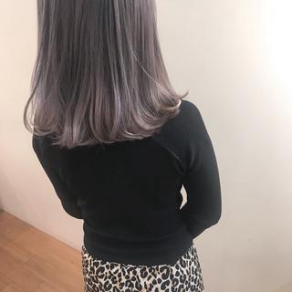 ブリーチ 透明感 エフォートレス フェミニン ヘアスタイルや髪型の写真・画像