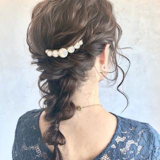 ゆるふわ ロング ヘアアレンジ ナチュラル ヘアスタイルや髪型の写真・画像