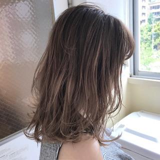 透明感 ナチュラル ストリート 秋 ヘアスタイルや髪型の写真・画像