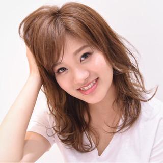 フェミニン ゆるふわ 大人かわいい 前髪あり ヘアスタイルや髪型の写真・画像