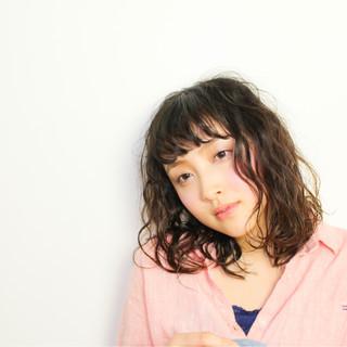 イルミナカラー ミディアム 大人女子 デート ヘアスタイルや髪型の写真・画像