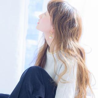 ハイライト パーマ アッシュ 外国人風 ヘアスタイルや髪型の写真・画像
