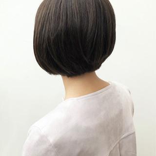 ショートボブ ショート ナチュラル カーキアッシュ ヘアスタイルや髪型の写真・画像