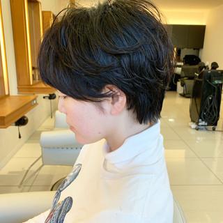 ショートヘア 黒髪 ハンサムショート パーマ ヘアスタイルや髪型の写真・画像