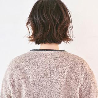 アッシュグラデーション パーマ ボブ ミニボブ ヘアスタイルや髪型の写真・画像
