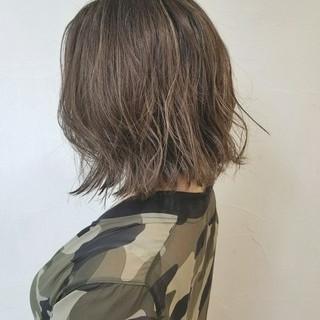 外国人風 ナチュラル 冬 ハイライト ヘアスタイルや髪型の写真・画像