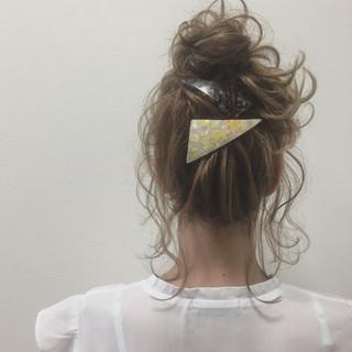 ヘアアレンジ ふわふわ お団子 簡単ヘアアレンジ ヘアスタイルや髪型の写真・画像