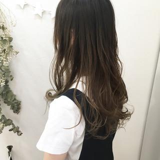 涼しげ 外国人風カラー レイヤーカット グラデーションカラー ヘアスタイルや髪型の写真・画像 ヘアスタイルや髪型の写真・画像