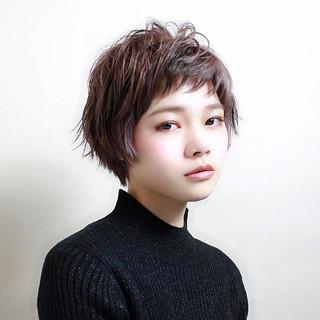 ベリーショート ナチュラル こなれ感 ショート ヘアスタイルや髪型の写真・画像 ヘアスタイルや髪型の写真・画像
