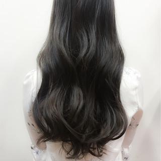 ロング ゆるふわ 波ウェーブ 外国人風 ヘアスタイルや髪型の写真・画像