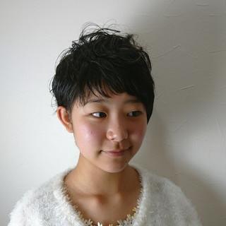 くせ毛風 ラフ 簡単 パーマ ヘアスタイルや髪型の写真・画像