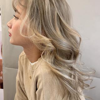 スポーツ デート ロング オフィス ヘアスタイルや髪型の写真・画像