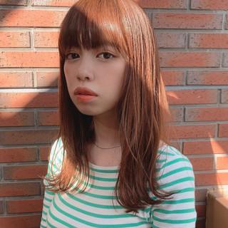ロブ 外ハネ セミロング 韓国風ヘアー ヘアスタイルや髪型の写真・画像