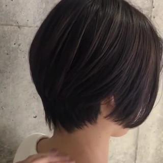 切りっぱなしボブ ショートヘア ショート ストリート ヘアスタイルや髪型の写真・画像